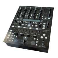 ベリンガー(BEHRINGER) DDM4000 DJミキサー 美品 画像
