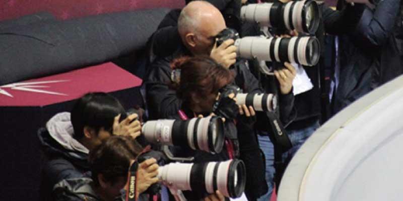 キヤノン(CANON)一眼レフカメラとは 画像