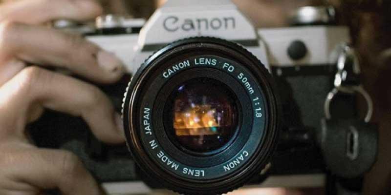 キヤノン(Canon)フィルムカメラ とは 画像