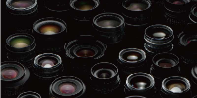 カメラレンズ コシナ とは 画像