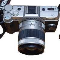 ペンタックス(Pentax) Q7 レンズキット シルバー 動作確認済み 中古品 画像