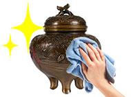 高岡銅器のメンテナンス画像