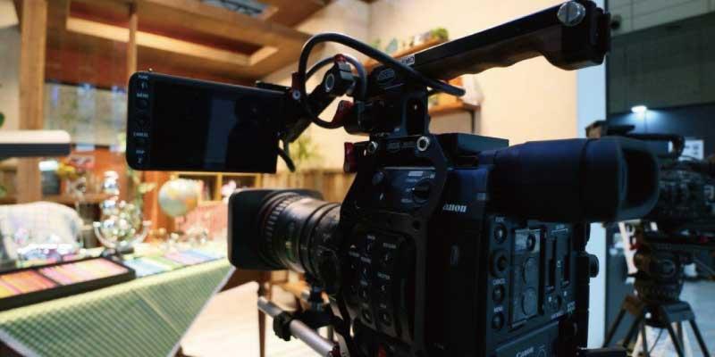 ビデオカメラ キャノン とは 画像